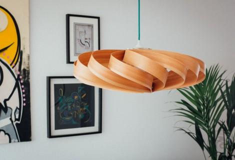 Holzfurnierlampe